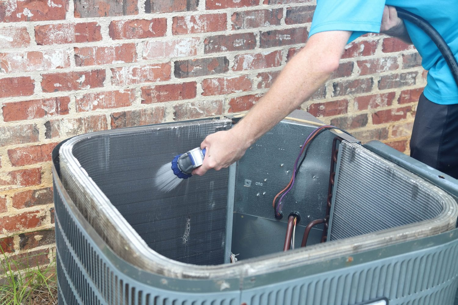 spring-hvac-cleaning-tips